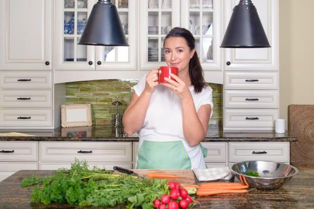 שמח במטבח שלנו: כך תשיגו אווירה, כמעט מבלי להשקיע אגורה