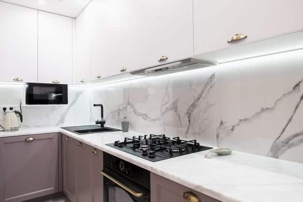 אבן קיסר או משטח קוריאן - מה עדיף למטבח החדש שלכם?